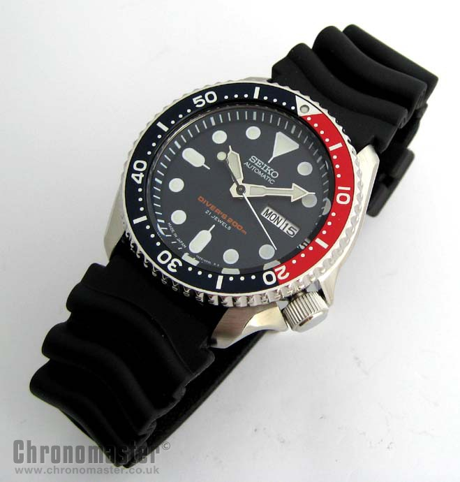 Seiko Automatic Divers Watch 200 Metre Skx 009 New In Box Red Sek