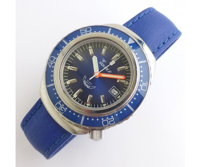 Squale 2002 Blue 1000 Metre on Bracelet and Rubber Strap - NWW 1330