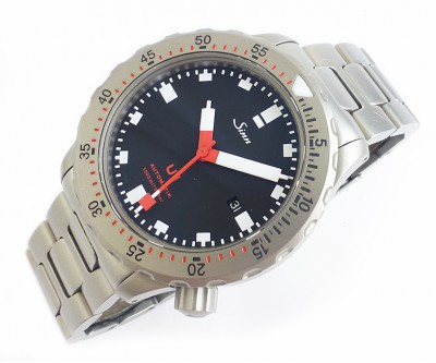 Sinn U1 Automatic Divers Wristwatch on Bracelet - pre owned - NWW 1339