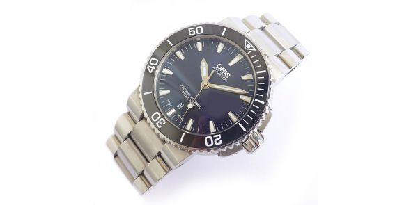 Oris Aquis Automatic Divers Watch Blue Dial. - ORS 65