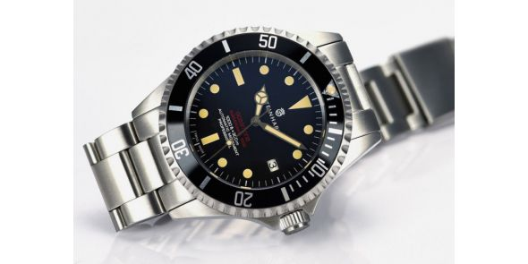 Steinhart Ocean One Vintage Red - New Black Dial - 0657