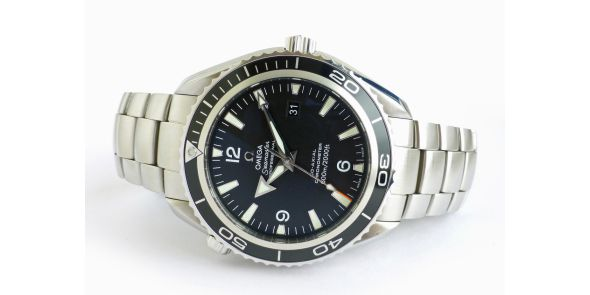 Omega Seamaster Planet Ocean Co-Axial Black Bezel. - OME 619