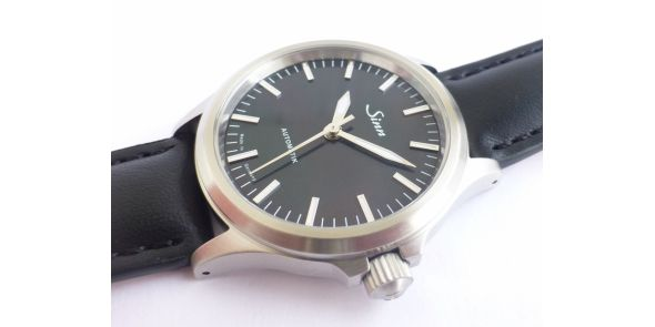 Sinn 556 I Mother of Pearl - SIN 236