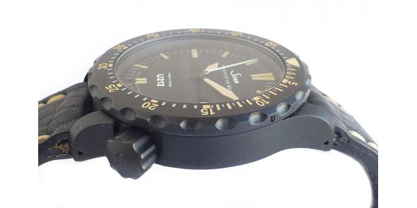 U212 S E on Silicone Strap - Limited Edition - NWW 1453