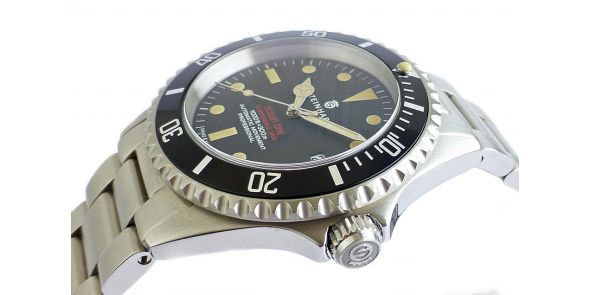 Steinhart Ocean One Vintage Red - Black Dial - NWW 1465