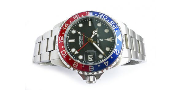 GMT Ocean One 39 - Blue-Red Pre Owned - NWW 1502