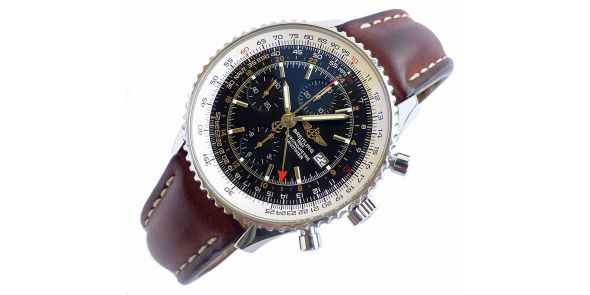 Breitling Navitimer World Automatic Chronograph. - BRL 216