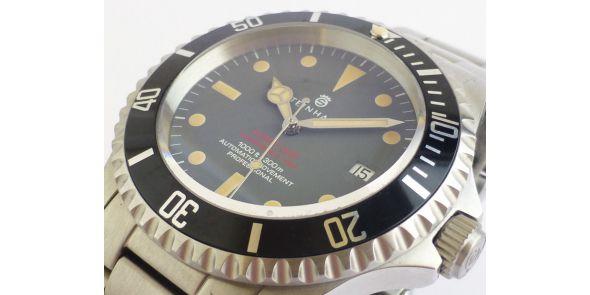 Steinhart Ocean Vintage Red Mk II Dial - Pre owned - NWW 1560